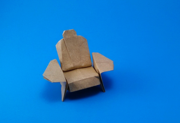 Origami Adirondack chair by John Szinger Folded from a square of Elephant-hide by Gilad Aharoni on giladorigami.com