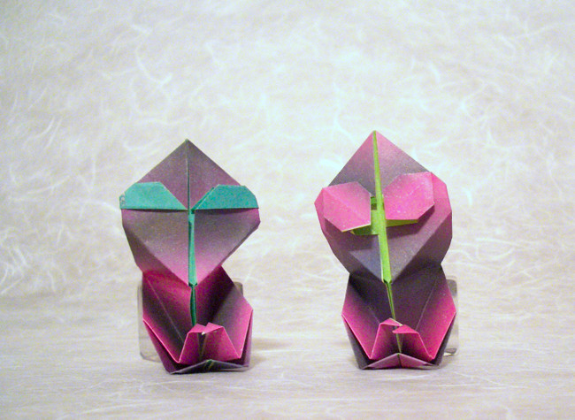 Origami Extraterrestrials by Gregory Suarez folded by Gilad Aharoni