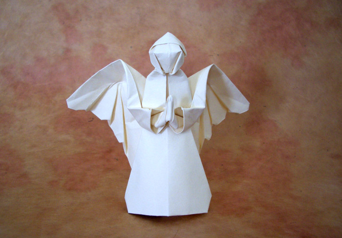 Origami Angel of prayer by Neal Elias folded by Gilad Aharoni