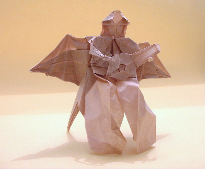 Origami Angel playing the lute by Fumiaki Kawahata folded by Gilad Aharoni