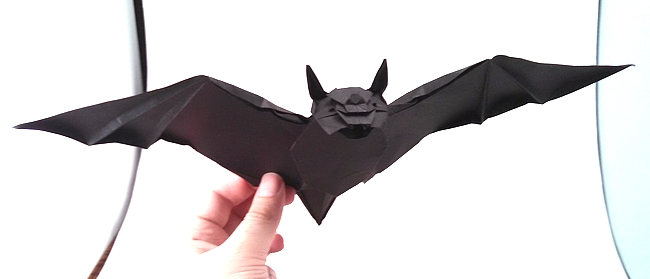 Origami Bat by Yoo Tae Yong folded by Gilad Aharoni on giladorigami.com