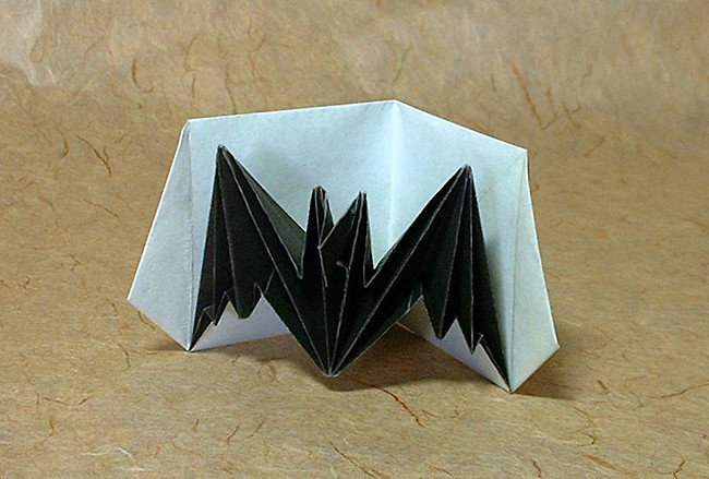 Origami Bat pop up card by Jeremy Shafer folded by Gilad Aharoni on giladorigami.com