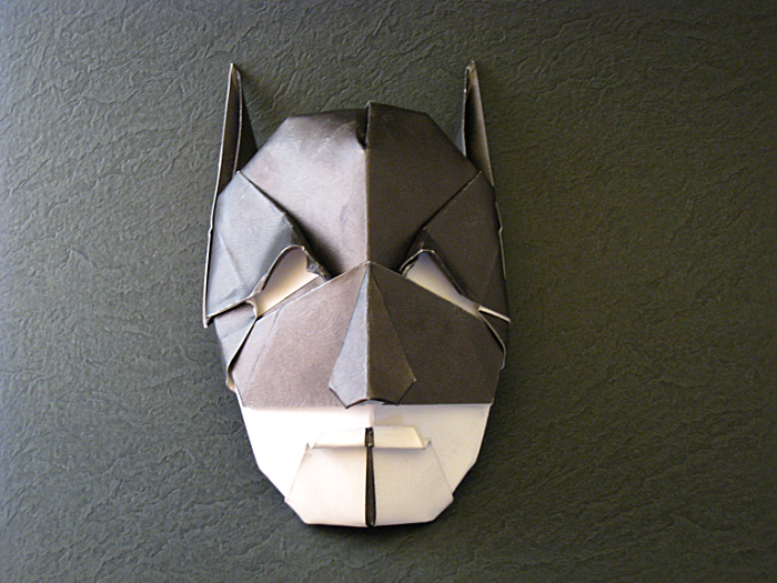 Origami Batman by Gabriel Alvarez Casanovas folded by Gilad Aharoni on giladorigami.com