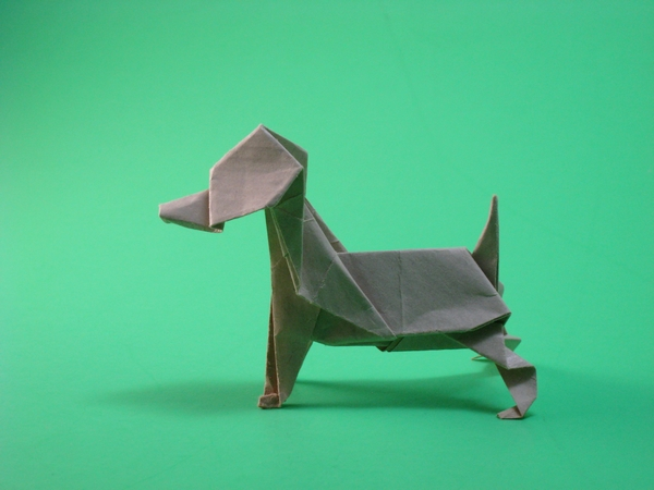 Origami Beagle by Kunihiko Kasahara folded by Gilad Aharoni