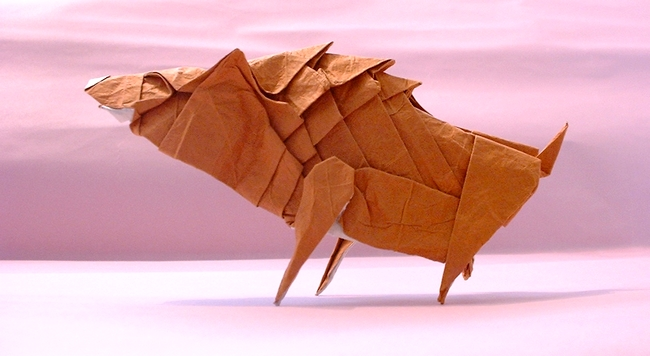 Origami Wild boar by Issei Yoshino Folded from a square of rice paper+foil by Gilad Aharoni on giladorigami.com