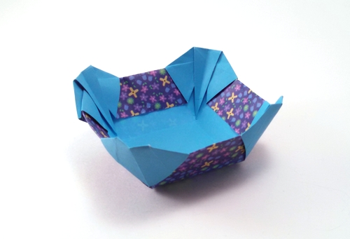 Origami Bowl by Yehuda Peled folded by Gilad Aharoni