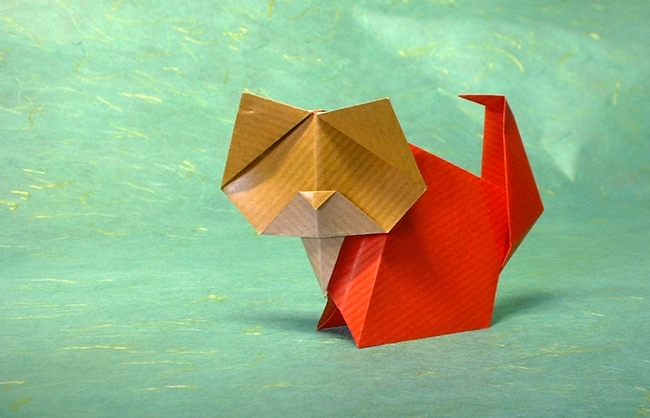 Origami Cat by Gay Merrill Gross folded by Gilad Aharoni on giladorigami.com