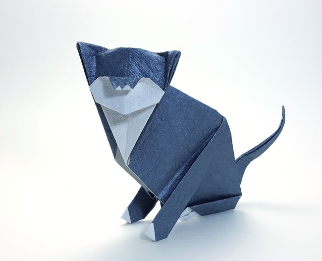 Origami Cat by Michael G. LaFosse Folded from a square of crinckle charcoal scrapbooking paper by Gilad Aharoni on www.giladorigami.com