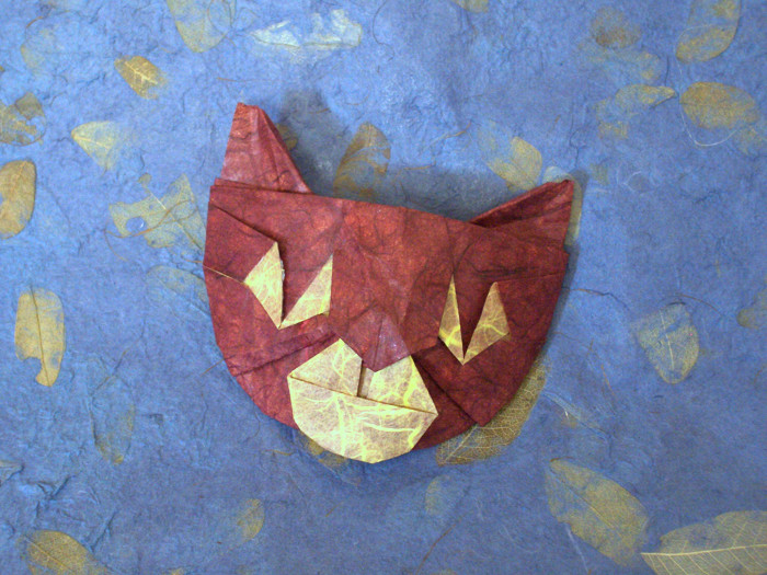 Origami Cat mask by John Richardson P_Cat_Mask_Richardson.jpg by Gilad Aharoni on giladorigami.com