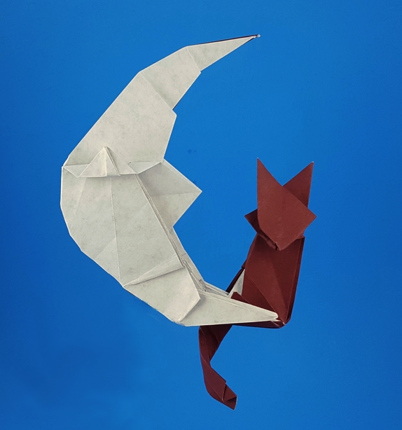 Crescent Origami Cat On Moon By Kakami Hitoshi Folded From A Square Of Fadeless Earths Treasures Art