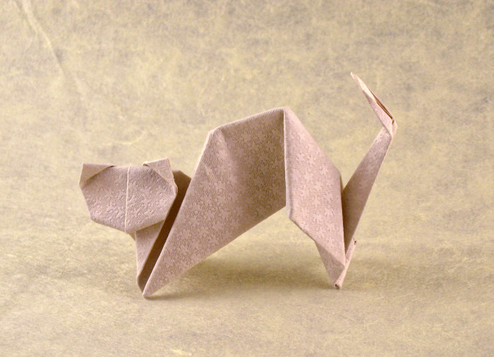 Origami Cat - Siamese by Toshie Takahama folded by Gilad Aharoni on giladorigami.com