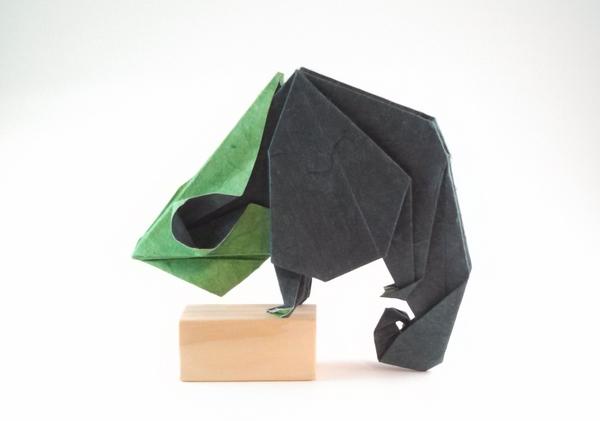 Origami Komodo Dragon (Aziz Riadi) - YouTube | 421x600