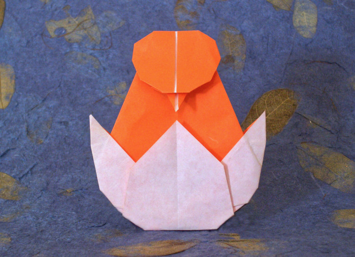 Origami Chick in egg by Apollonia Kuiper-Woudstra folded by Gilad Aharoni
