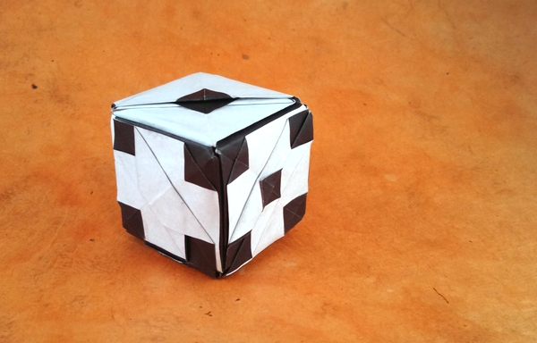 how to make a paper cube. - YouTube | 384x600