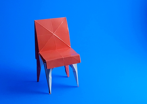 Origami Classic dining chair by Mark Bolitho folded by Gilad Aharoni