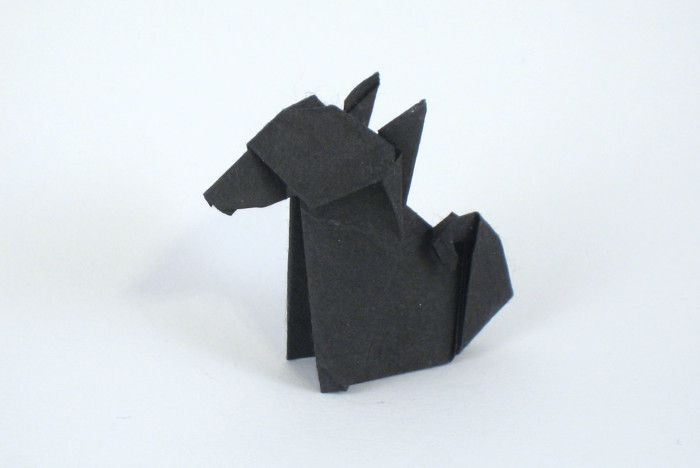 Origami Japanese dog by Kunihiko Kasahara Folded from a square of Unryu paper by Gilad Aharoni on giladorigami.com