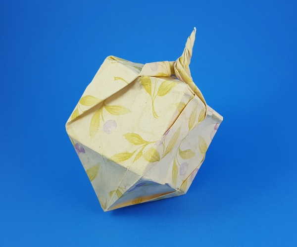 Fold an Origami Stress Reliever by Jeremy Shafer   Papier origami ...   499x600