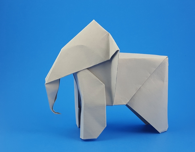 Origami Elephant by Wayne Brown folded by Gilad Aharoni