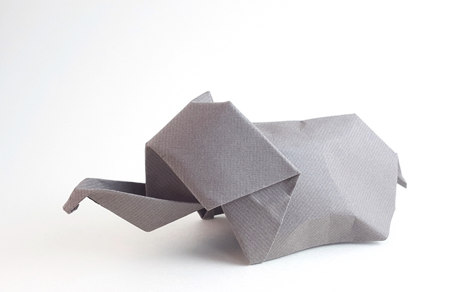 Origami Elephant by Akira Yoshizawa Folded from a square of art paper by Gilad Aharoni on giladorigami.com