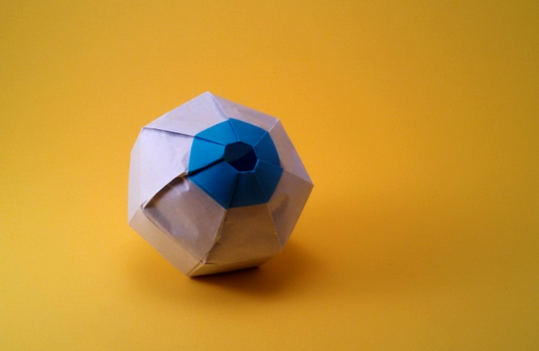 Eyeball Sharon Turvey Gilads Origami Page