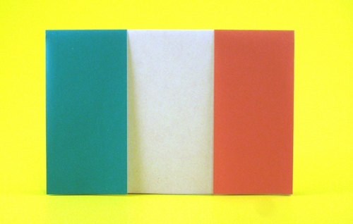 Origami Flag of Italy by Gilad Aharoni folded by Gilad Aharoni