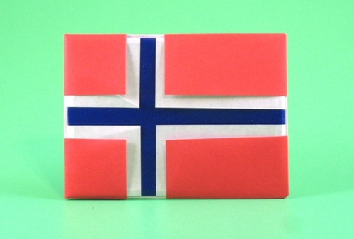 Origami Flag of Norway by Gilad Aharoni folded by Gilad Aharoni