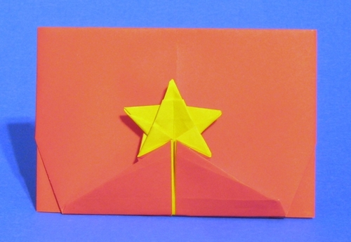Origami Flag of Vietnam by Gilad Aharoni folded by Gilad Aharoni