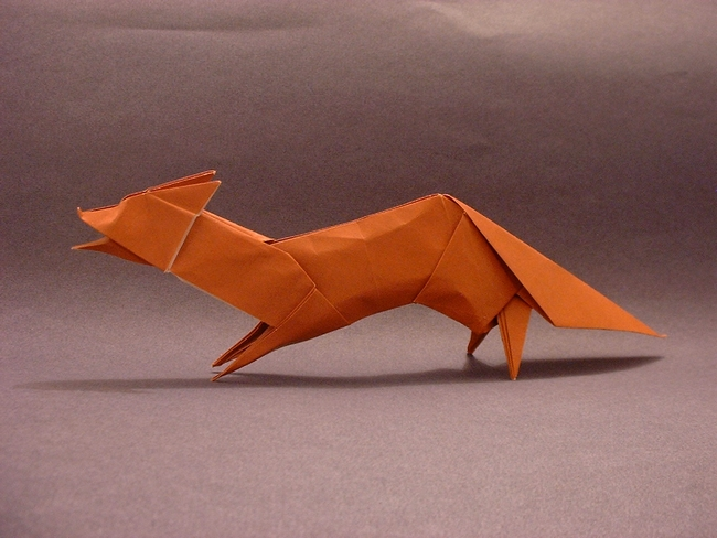 Origami Fox by Hideo Komatsu Folded from a square of kami by Gilad Aharoni on giladorigami.com