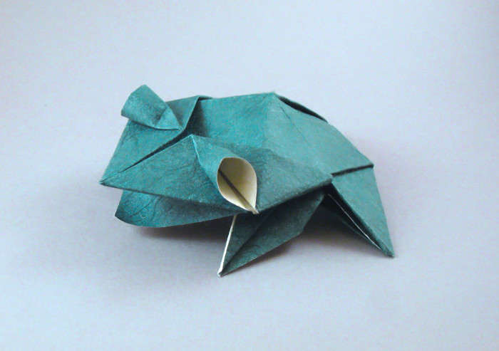 Origami Frog - Chinese by Roman Diaz folded by Gilad Aharoni on giladorigami.com