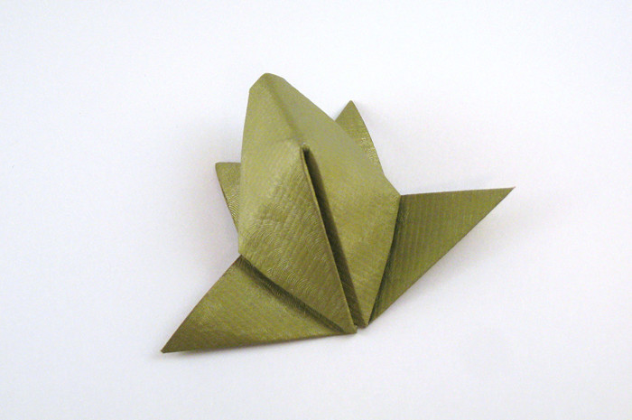 Origami Frog by Nick Robinson Folded from a square of scrap-booking paper by Gilad Aharoni on giladorigami.com