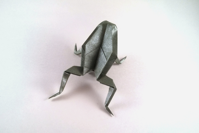 Origami Frog by Traditional Folded from a square of Nicolas Terry's tissue-foil by Gilad Aharoni on giladorigami.com