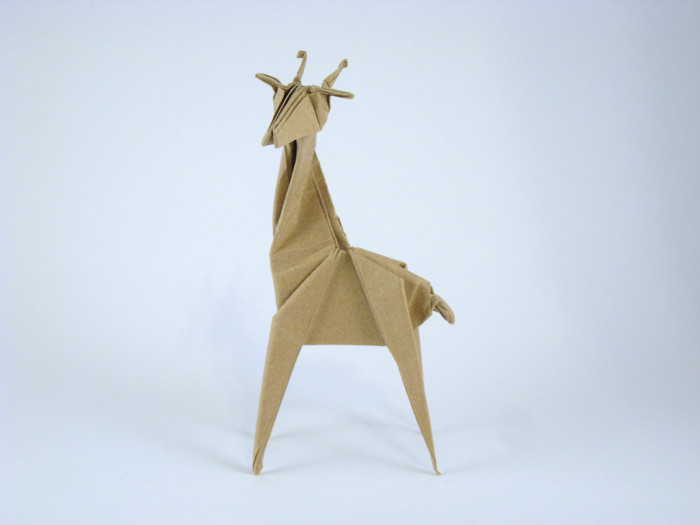 Origami Giraffe by Jun Maekawa folded by Gilad Aharoni on giladorigami.com