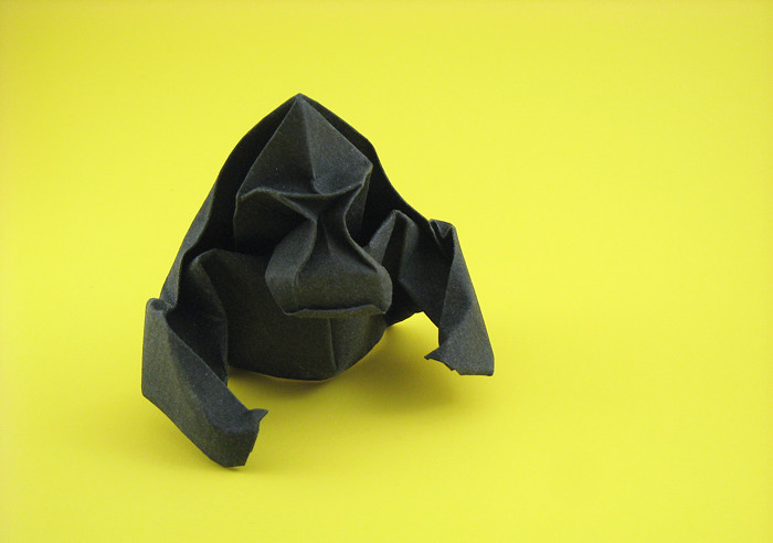Origami Gorilla by Do Ba Huy folded by Gilad Aharoni