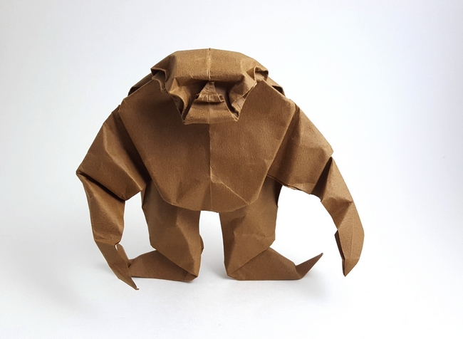 Origami Gorilla by Akira Yoshizawa Folded from a square of Tant paper by Gilad Aharoni on giladorigami.com