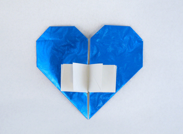 Origami Book of love by Francis Ow folded by Gilad Aharoni on giladorigami.com