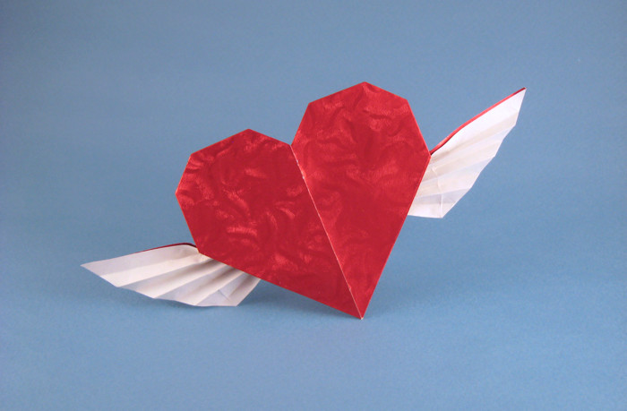 Origami Heart with wings by Francis Ow folded by Gilad Aharoni on giladorigami.com