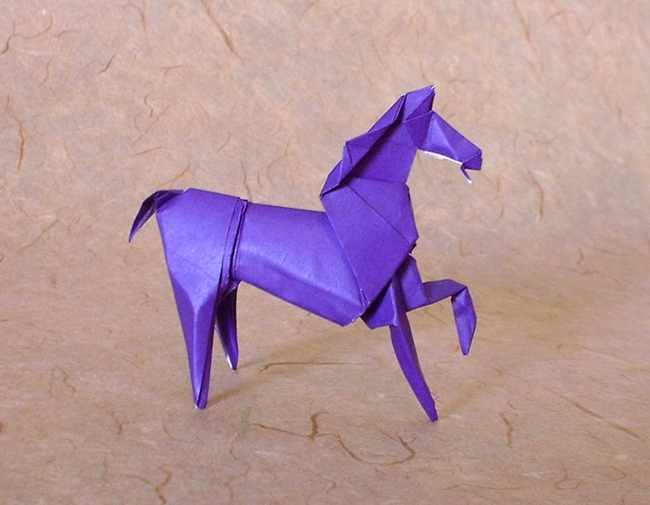 Origami Horse by Seiji Nishikawa folded by Gilad Aharoni on giladorigami.com