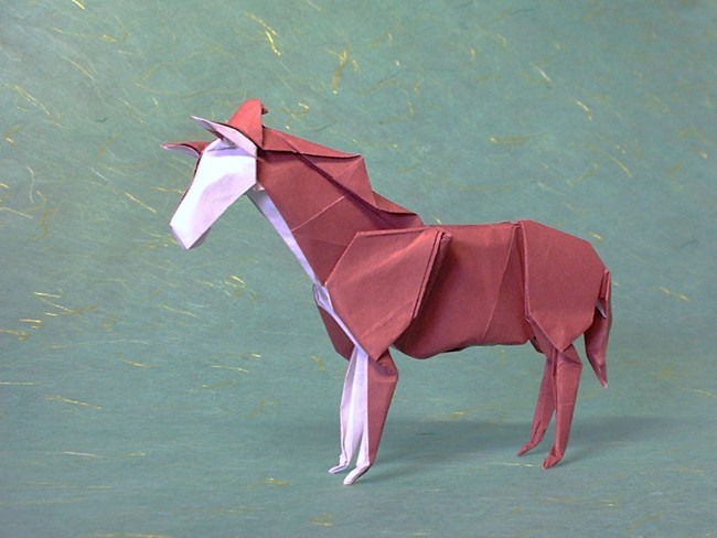 Origami Horse by Miyajima Noboru Folded from a square of Fadeless paper by Gilad Aharoni on giladorigami.com