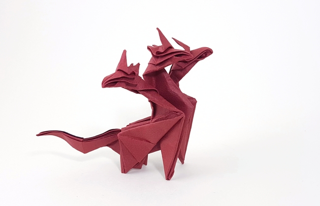 Origami Hydra by Paul Frasco Wet folded from a square of lizard-hide paper by Gilad Aharoni on www.giladorigami.com