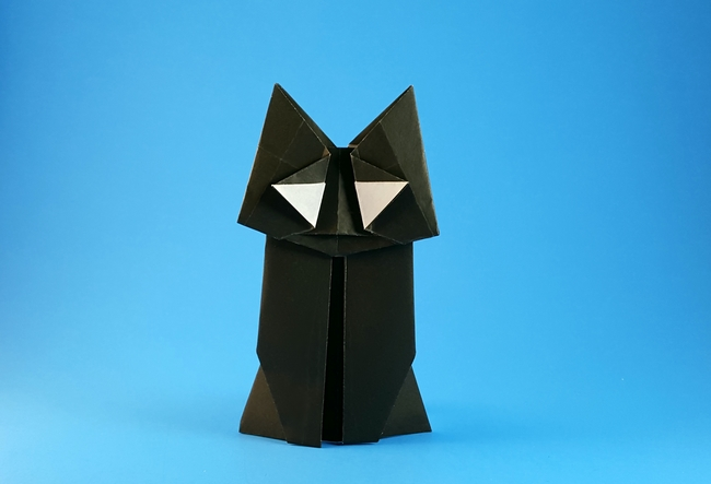 Origami Kitten by Miyajima Noboru Folded from a square of origami paper by Gilad Aharoni on giladorigami.com