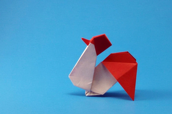 Origami Rooster by Kumasaka Hiroshi Folded from a rectangle of origami paper by Gilad Aharoni on giladorigami.com