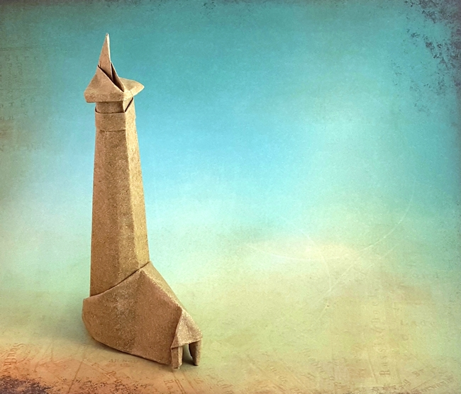 Origami Lighthouse by Akira Yoshizawa folded by Gilad Aharoni on giladorigami.com