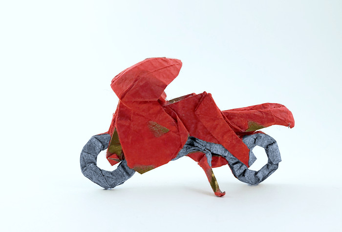 Origami Motorcycle by Issei Yoshino folded by Gilad Aharoni on giladorigami.com