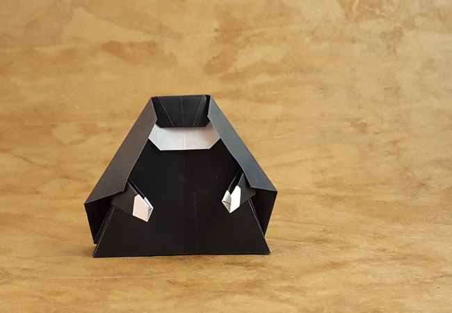 Origami Nun by Niwa Taiko folded by Gilad Aharoni