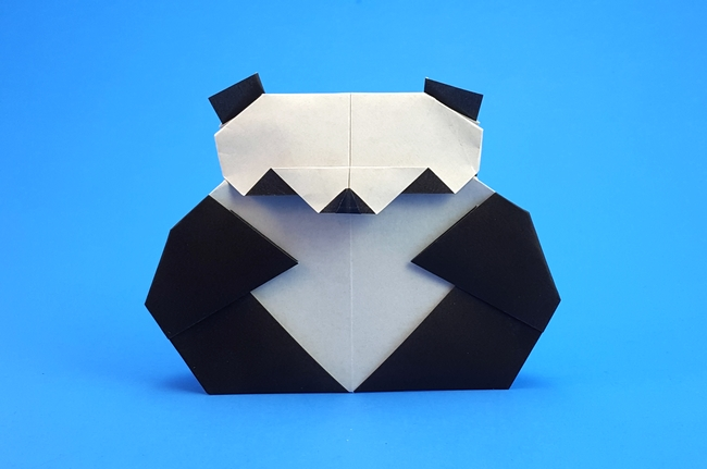 Origami Panda by Wayne Brown folded by Gilad Aharoni