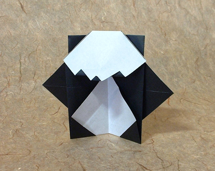 Origami Panda by Sy Chen folded by Gilad Aharoni