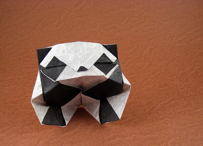 Origami Panda by Roman Diaz folded by Gilad Aharoni on giladorigami.com