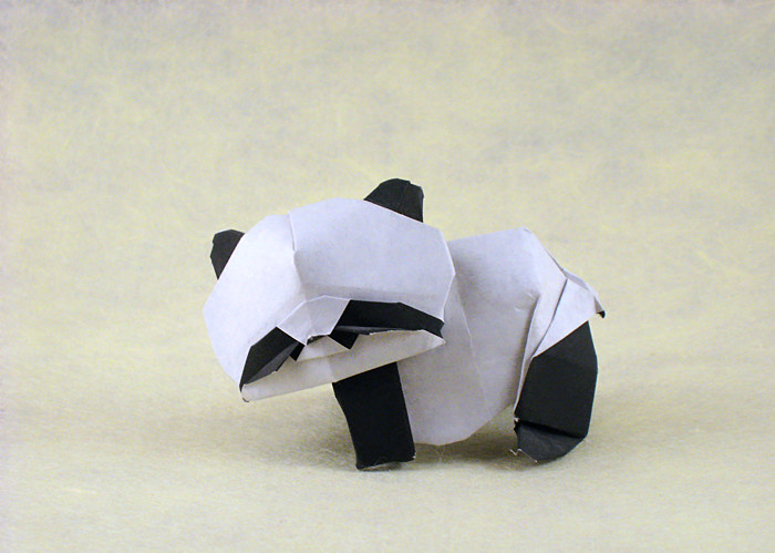 Origami Panda by Alfredo Giunta Folded from 2 squares of kami by Gilad Aharoni on giladorigami.com