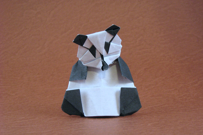 Origami Panda by Kunihiko Kasahara Folded from a rectangle of origami paper by Gilad Aharoni on giladorigami.com