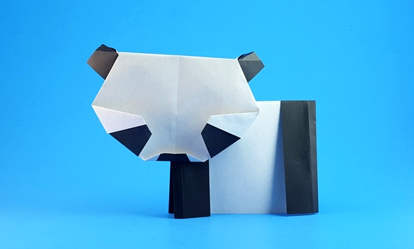 Origami Panda by Kunihiko Kasahara Folded from 2 squares of origami paper by Gilad Aharoni on giladorigami.com